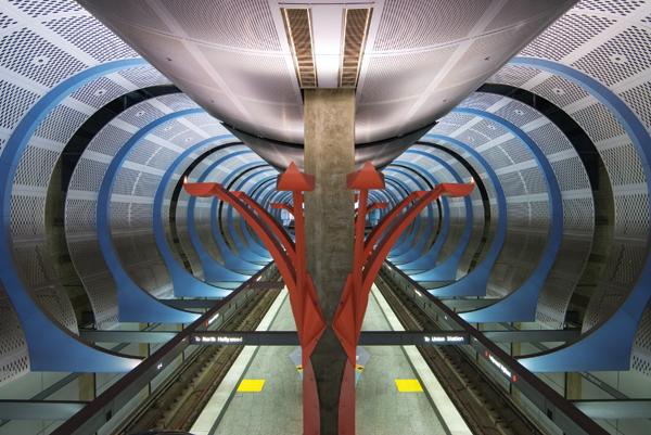 Underground Girl (image 1)