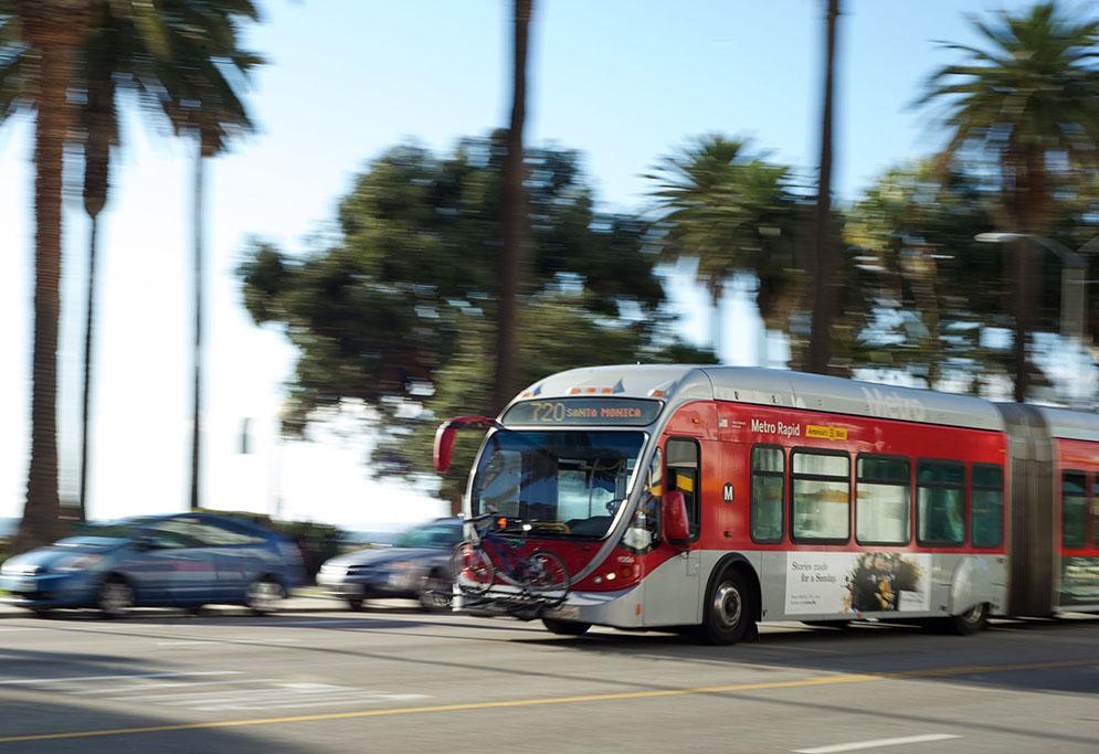 Metro Rapid bus