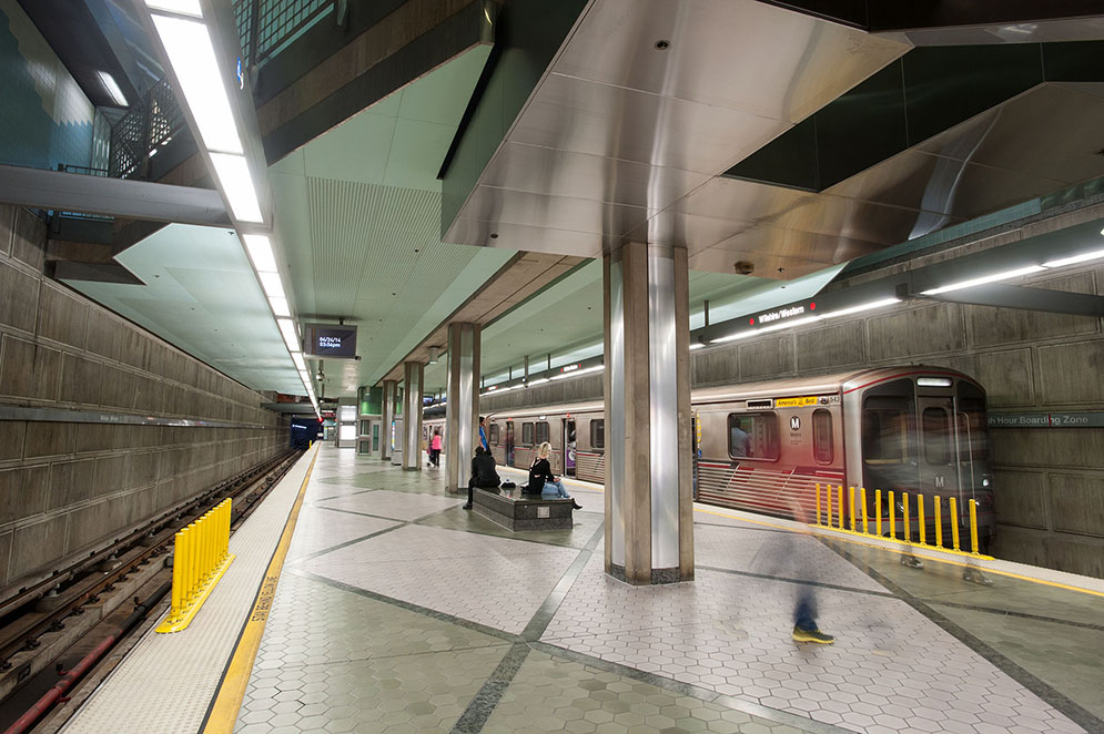 Wilshire/Western Station