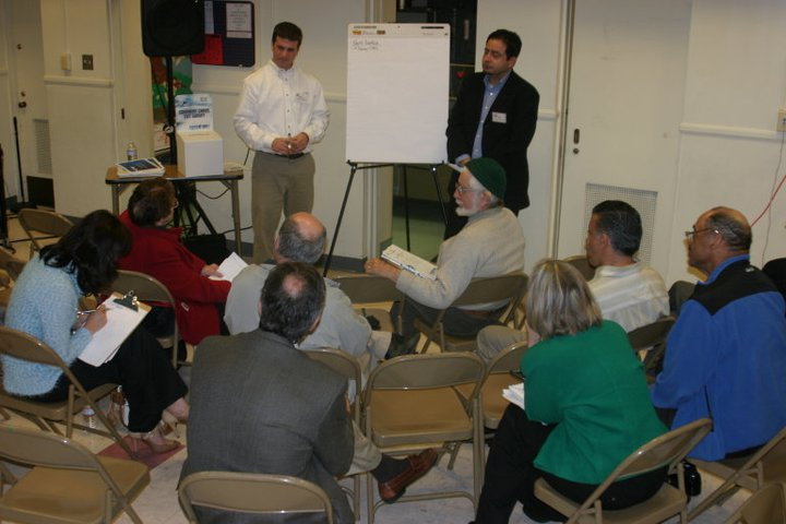 <p>Small group discussions in San Gabriel.</p>