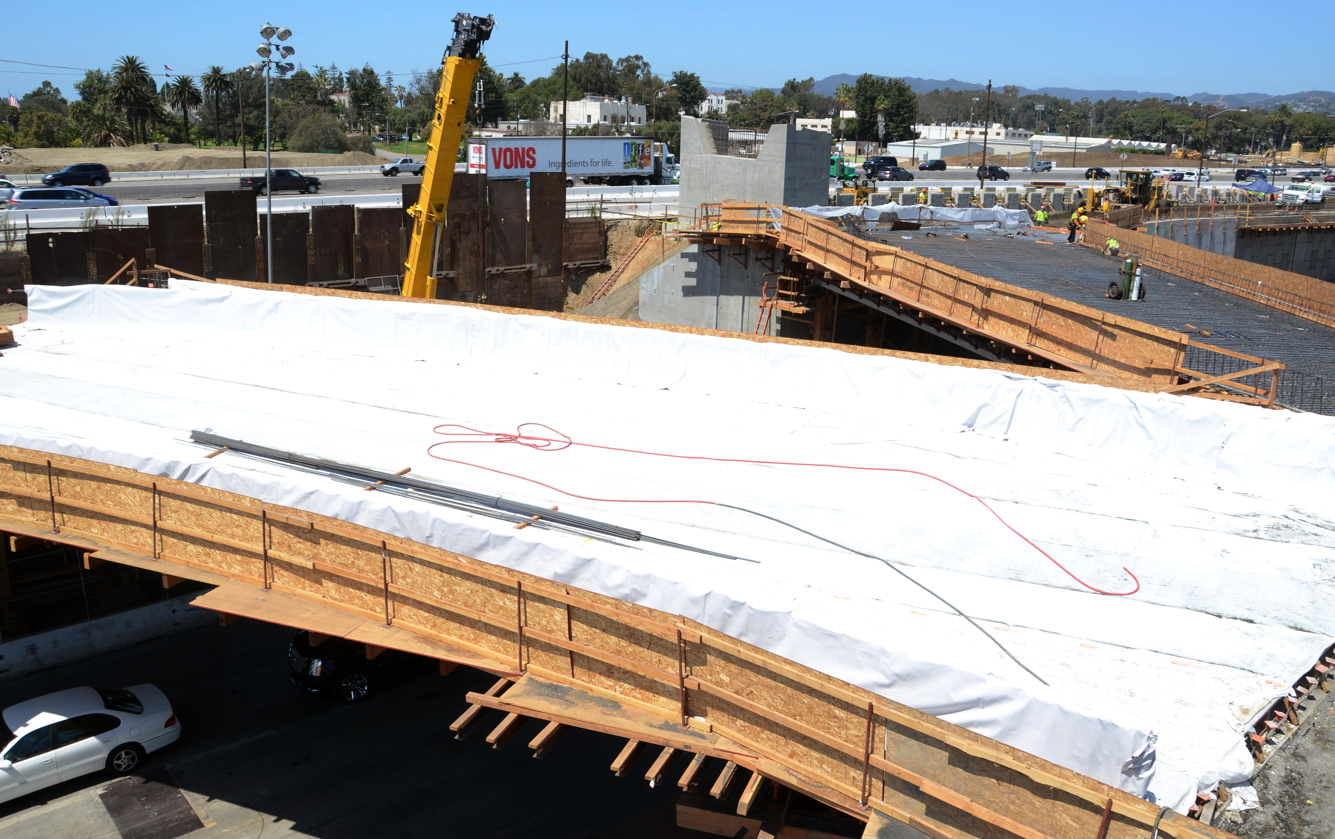 Looking northwest, this photo shows the support for a flyover  ramp at the upper center.